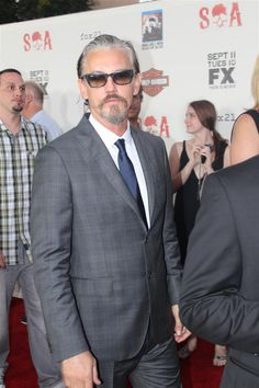 Tommy Flanagan SOA premiere - my other favourite Son along with Charlie Hunnam <3 <3