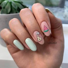 Impressive and Beautiful Nail Art for This Winter * 14 nail art designs,nail art summer,nail art diy,nail art facile,nail art winte. Summer Acrylic Nails, Best Acrylic Nails, Spring Nail Art, Summer Nails, Cute Nails For Spring, Summer Nail Polish, Gel Polish, Easy Nails, Easy Nail Art