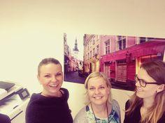 Terkut Helsingin toimistolta! Täältähän löytyi selfiekeppi👌😂Iloista torstaita🍁#eckeröline #toimistoelämää #eckeröfamily #lansiterminaali #torstai #satama #selfie