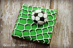 Soccer cookie by Yankee Girl Yummies.