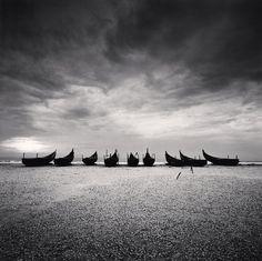 Nine Boats, Andakarnnazi Beach, Kerala, India, 2008 © Michael Kenna