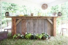 Bar made in barn wood.... lovely idea! We made two of these for my daughter's wedding, they are gorgeous! Now we each have one for our backyard patios....