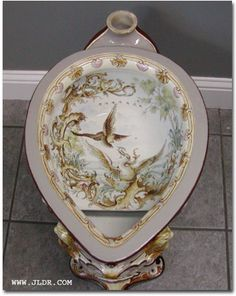 Victorian Porcelain Toilet presents proper dignity to the pooping process. Victorian Toilet, Victorian Life, Victorian Bathroom, Victorian Decor, Victorian Homes, Victorian Fashion, Victorian Furniture, Antique Furniture, Bidet