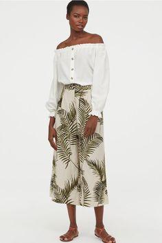Wide-leg Pants - Light beige/palm leaves - Ladies | H&M US 2 Fashion Art, World Of Fashion, Wide Trousers, Wide Leg Pants, Casual Beach Outfit, Flare, Palazzo, Pantalon Large, Ankle Length Pants