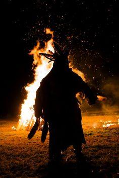 Tiefen-Schamanismus in Europa Wicca, Africa, Shamanism, Concert, Big, Board, Europe, Native Americans, Spiritual
