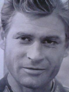 Romans z szydełkiem: Stanisław Mikulski
