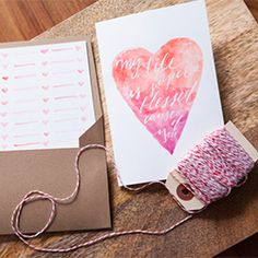 Create a DIY birthday card with watercolour and calligraphy for your friends!