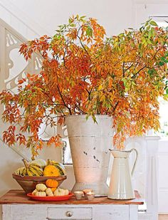 such simple and gorgeous vignette for fall