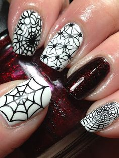 WOW! Canadian Nail Fanatic: Halloween Nails. #nailart #halloweennails #halloweennailart