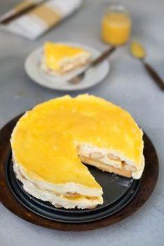 Lemon tiramisu with lemon curd - Brenda Kookt! Lemon Tiramisu, Lemon Curd Cheesecake, Lemon Curd Cake, Lemon Curd Dessert, Amish Recipes, Dutch Recipes, Lemon Recipes, Cake Recipes, Dessert Recipes