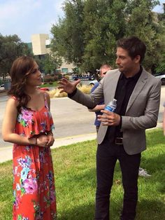 I'm sure this picture of @erinkrakow and @DLissing hatching a plan for season three.