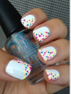 Multicolor dots on white nails