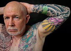 viejos con tatuajes
