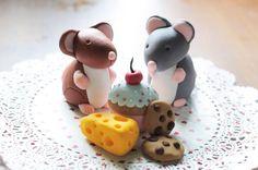 STEP BY STEP... Fondant sugar mice mouse and cheese. Tutorial how to mouse and cheese.  Alapanyagokat és ételfestékeket vásárolj a GlazurShopban! http://shop.glazur.hu
