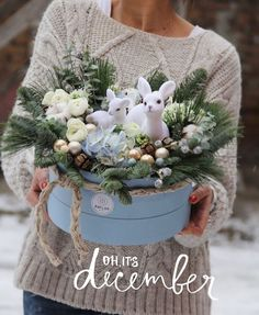 встречаем самый волшебный праздник года нежными праздничными композициями❄️ принимаем заказы на ваши особенные рождественские и новогодние композиции #anflor #anflor_flowerbox