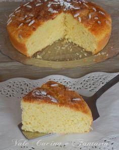 Torta al limone con ricotta e pinoli soffice morbida ed anche salutare leggera senza olio e burro aggiunti solo tanta ricotta unita al croccante dei pinoli