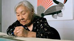 Kenojuak Ashevak, renowned Inuit artist believed to be the last living link to the birth of Inuit printmaking, at her home in Cape Dorset, Nunavut, at the age of Her work gained worldwide recognition as iconic of the Canadian Arctic Inuit Kunst, Arte Inuit, Inuit Art, Native Art, Native American Indians, Native Americans, Atelier Photo, Art Premier, Art Brut