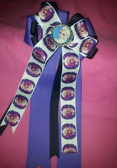 Frozen Cheer Style Bows by GumpiegirlsGifts on Etsy
