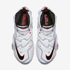 517aa1a6995 Find this Pin and more on Nike by Luis Torres.