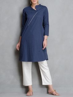 The Wooden Closet - Collared Kurta with Asymmetrical Neckline and white piping at the neckline.