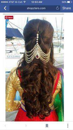 wedding hair accessories for curly hair Indian Wedding Hairstyles, Bride Hairstyles, Girls Hair Accessories, Wedding Hair Accessories, Bridal Makeover, Bridal Hairdo, Hair Ornaments, Hair Day, Hair Designs