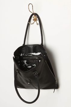 Love this bag!  I wonder if it's too long for my shortness?