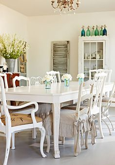 A Charming Shabby Chic Home | ZsaZsa Bellagio - Like No Other