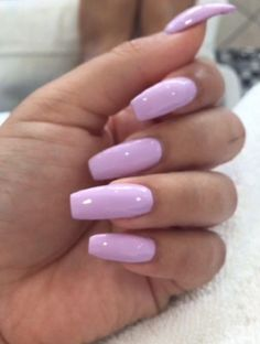 In search for some nail designs and ideas for the nails? Here's our list of 35 must-try coffin acrylic nails for fashionable women. Shiny Nails, Hot Nails, Fancy Nails, Matte Nails, Trendy Nails, Acrylic Nails, Acrylics, Jolie Nail Art, Nagellack Trends