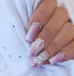 Light pinki nails