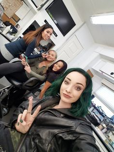 """The Gifted Writers on Twitter: """"Our cast is naturally stunning, but our outstanding Hair & Makeup team deserve props too! #BTS #TheGifted… """""""
