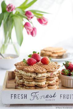Strawberry Waffle Cake with Egg Liqueur Cream • Erdbeer-Waffeltorte mit Eierlikörcreme