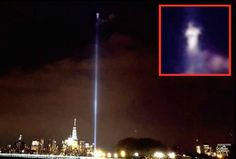 A man in Hoboken, NJ claims that he photographed a bright glowing figure at the apex of the 9/11 beam of light on Friday 9/9/16: World Trade Center, 911 Tribute, Alien Crafts, Creepy Pictures, Spirit World, Weird Facts, Things To Think About, Mystery, Ghosts