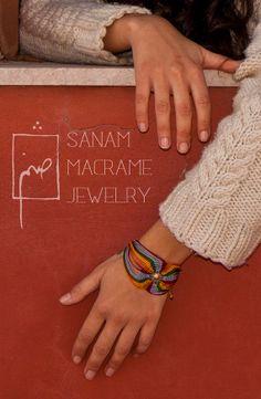 Bracciale macrame colorati di luce del sole di SanamHandmade, €45.00