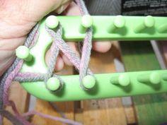 Great tutorials on loom knitting