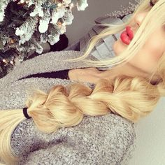 Loose braids are fantastic because it's looks nice but not to nice. So you can wear it casual or dressed up
