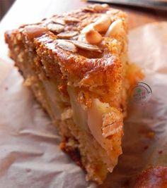 Torta per il brunch con mele, <br>pinoli e fiocchi d'avena