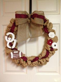 Oklahoma University Bubble Burlap Wreath. Crimson, White, Tan Burlap. OU Wreath