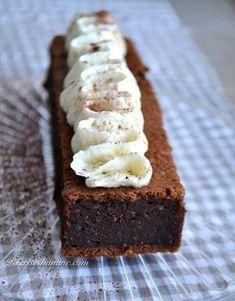C'est certainement un des meilleurs gâteaux au chocolat que j'ai gouté, il est fondant, doux, moelleux,... sans gluten, et sans beurre! La base du gâteau est inspirée d'une recette de Cyril Lignac, avec quelques modifications. Une petite vidéo de la préparation il...: