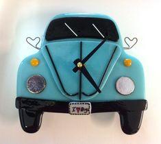 """VW Bug Wall Clock- Teal """"I Love Bugs"""""""
