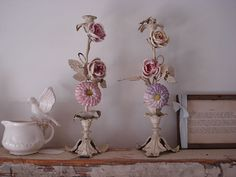 Shabby Chic Furniture: How to Paint and Distress – Shabby Chic Help Shabby Chic Lamps, Simply Shabby Chic, Shabby Chic Interiors, Shabby Chic Pink, Vintage Shabby Chic, Shabby Chic Style, Shabby Chic Furniture, Shabby Bedroom, Chandeliers