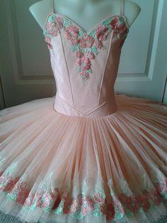 Peach tutu by Margaret Shore Tutu Ballet, Ballet Wear, Ballerina Tutu, Tutu Costumes, Ballet Costumes, Costume Ideas, Dance Outfits, Dance Dresses, Princess Tutu Dresses