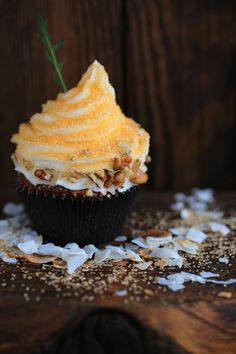 Carrot Cake Cupcakes & Baby Bird Bling Cupcakes » Get Off Your Butt and BAKE If you haven't been to Jonna's Blog, You haven't seen anything yet.  She is amazing