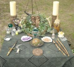 Beautifulest Blessed Beltane To You All! Very sexy altar! Mabon, Samhain, Beltane, Yule, Pagan Altar, Season Of The Witch, Altar Decorations, Sabbats, Practical Magic