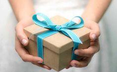 Se state cercando un regalo utile per la sposa potete scegliere di regalarle un bellissimo cofanetto con il servizio MAKE-UP e HAIR STILE per la Sposa!  Il regalo prevede:   Prova trucco  Prova Acconciatura  Trucco Giorno del Matrimonio  Acconciatura Giorno del Matrimonio  Servizio a domicilio  Per informazioni contattaci al 328.4415590 o info@matrimoniomakeup.it