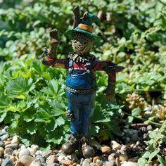 Mini Scarecrow Pick