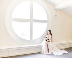 Stunning southern estate style wedding venue near Kansas City with a plethora of portrait opportunities on the 11 acre grounds! Photo taken at Hawthorne House by Sarah Rieth Photography Wedding Bride, Wedding Venues, Wedding Photos, Wedding Day, Wedding Dresses, Hawthorne House, Kansas City, Acre, Southern