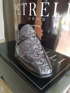 Luxusné pánske topánky, Svadobný salón Valery, luxusný oblek, pánsky oblek, oblek na svadbu, oblek pre ženícha, požičovňa luxusných oblekov, svadba, ženích Front Row, Salons, Louis Vuitton, Sneakers, How To Make, Fashion, Tennis, Moda, Lounges