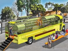 Sustainability in Practice: San Diego Schools Turns Old Bus into Mobile Farm Bus Restaurant, Mobile Restaurant, Food Trucks, Vegetable Delivery, School Bus House, Food Truck Business, Food Truck Design, Mobile Business, Bus Life