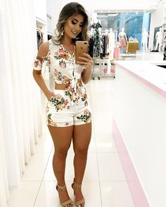 Top Female Celebrities, Summer Outfits, Cute Outfits, Teen Fashion, Womens Fashion, Romper With Skirt, Passion For Fashion, Casual Looks, Cute Dresses