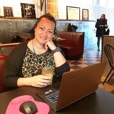 For to år siden satt jeg i sofaen og kjøpte domenet bloggbedre.no. Nå har jeg sagt opp jobben for å satse fulltid på bloggen. Det har ikke vært bare enkelt.